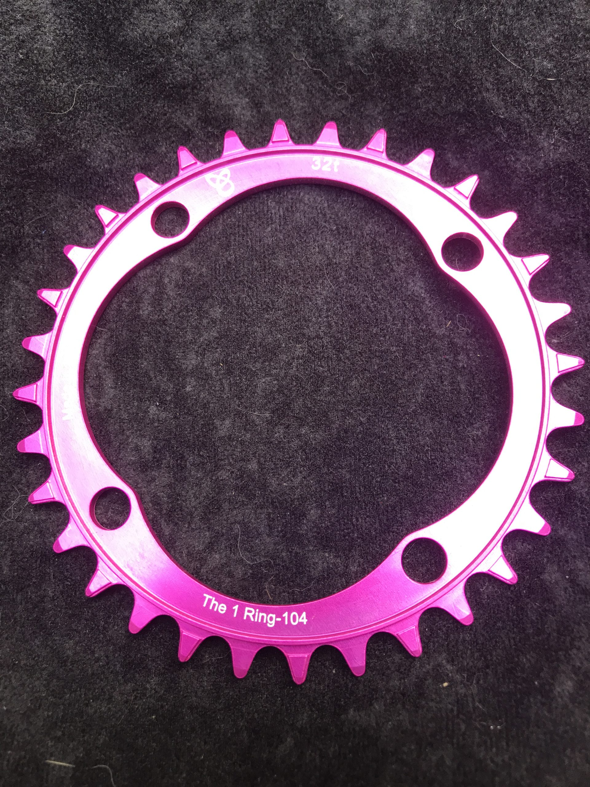 104 BCD chainring 32t pink
