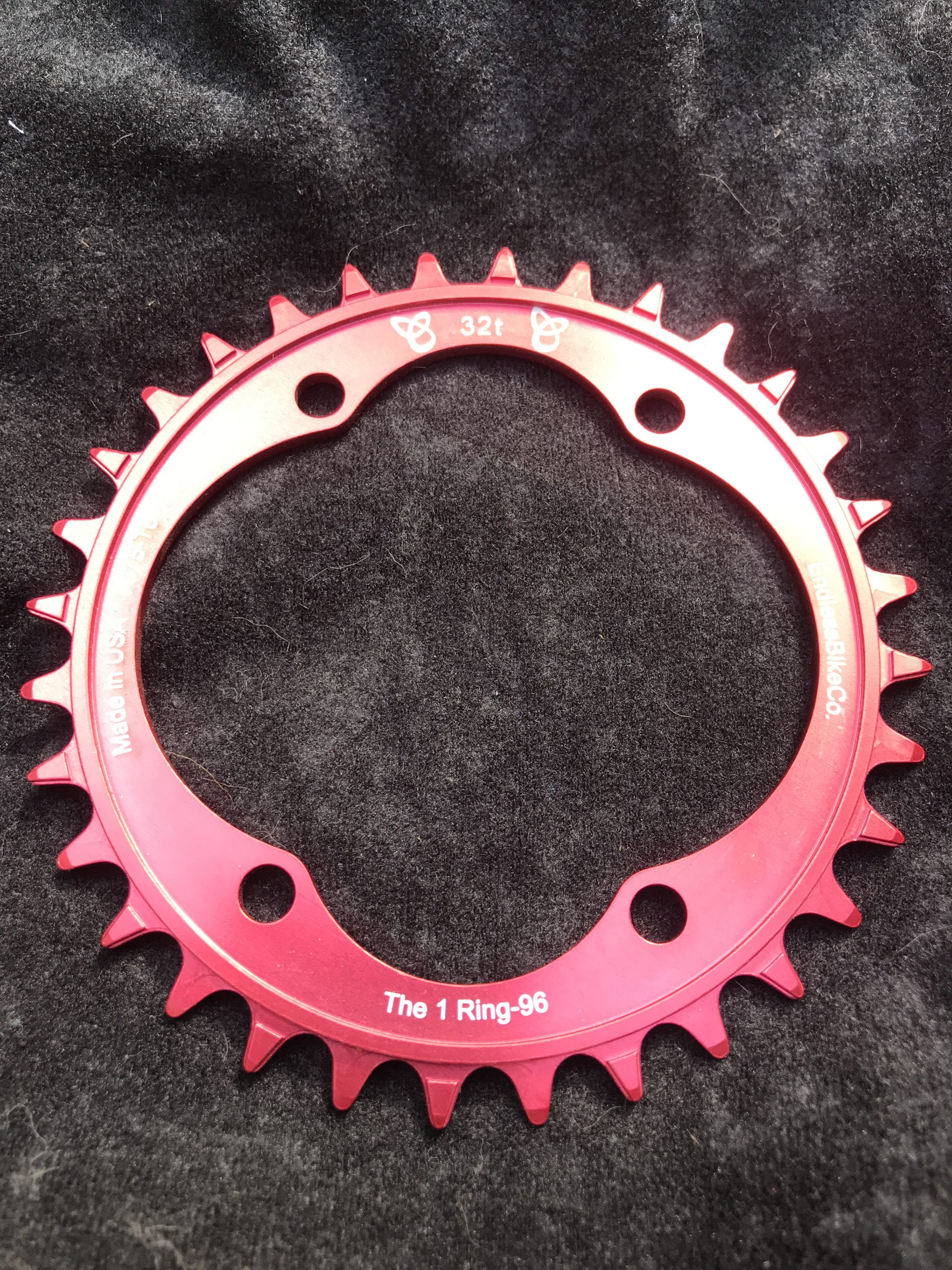 Shimano XT chainring 32t red