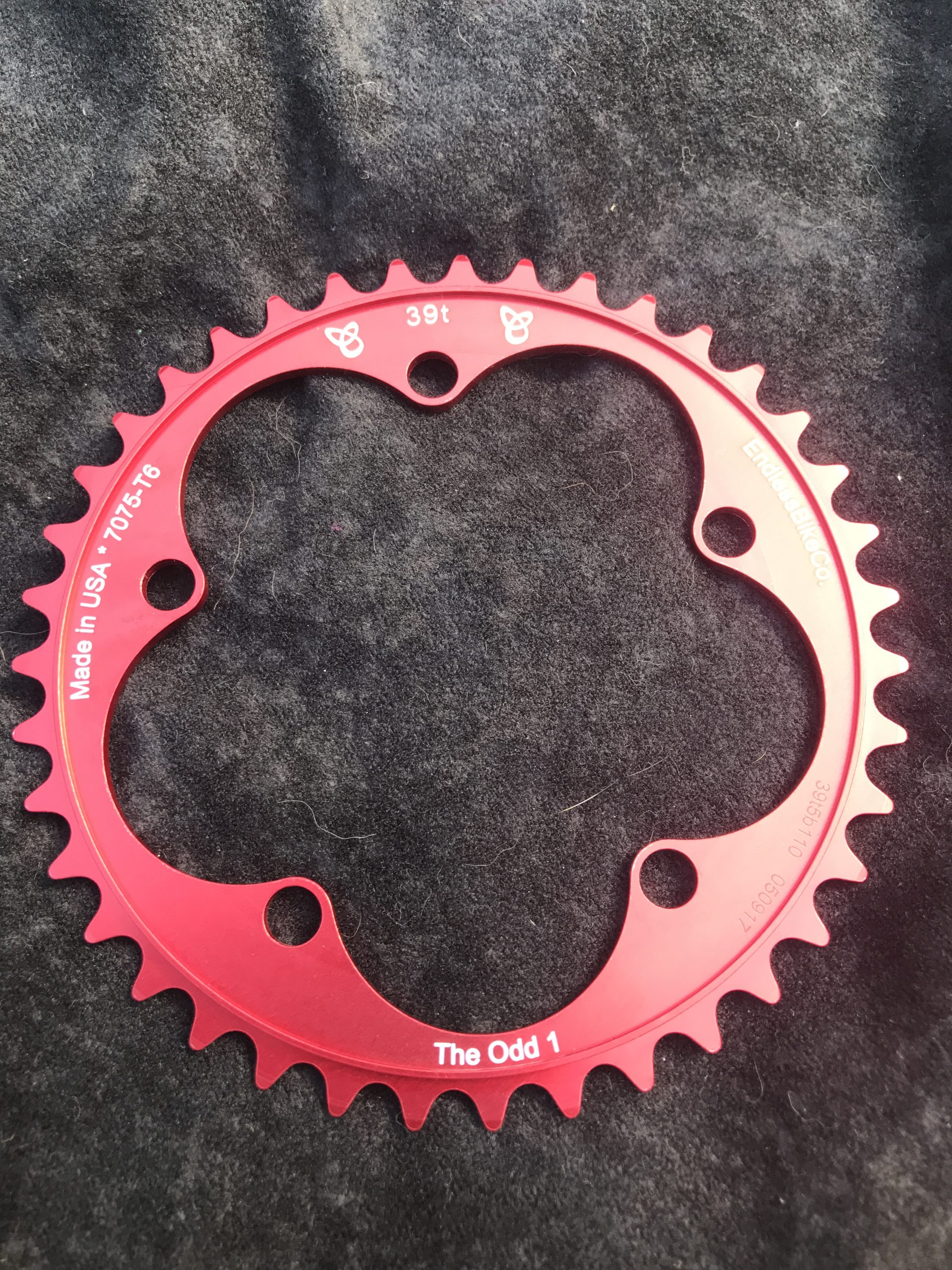 Narrow wide chain ring 39 tooth red